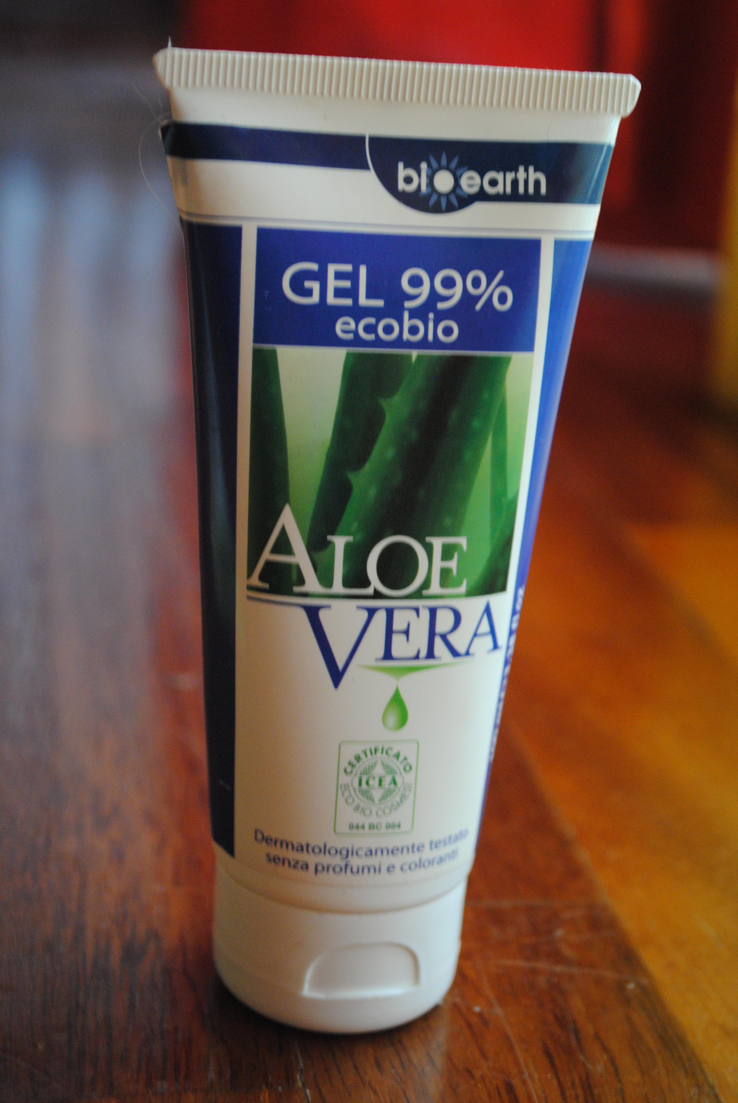 Il gel d aloe vera è un prodotto ottimo e davvero versatilissimo (lo si usa  per tante cose diverse!) e io da un po  di tempo (anche per non spendere  male i ... 1dce8ce6d725
